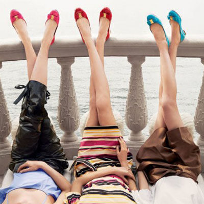 The Best Outfit Ideas for Shoes in Every Colour