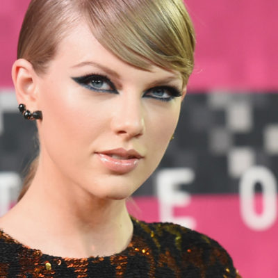 How To Steal Taylor Swift's Red Carpet Style