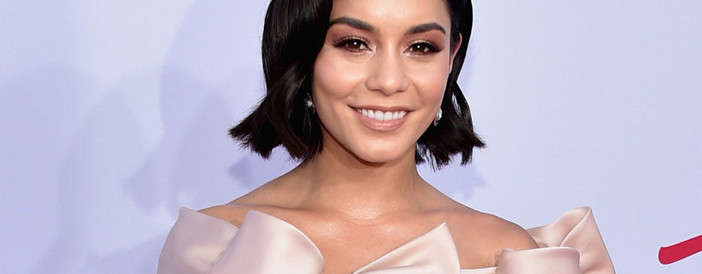 10 Best Looks of Billboard Music Award 2017