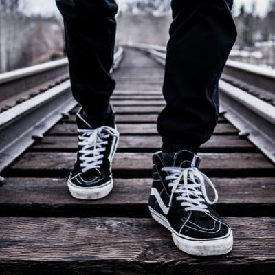 Men Tips: How to Wear Vans with Style