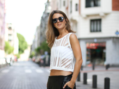 Fashion Tips for Small Bust Women