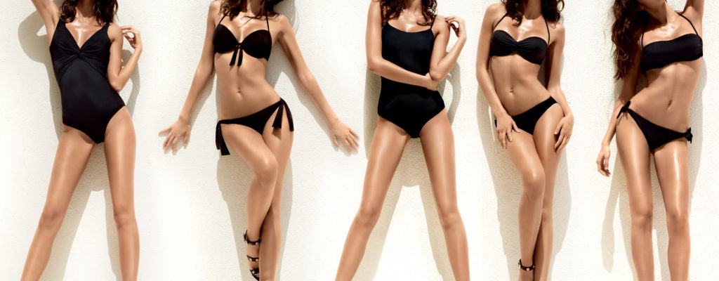 7 Ultraflattering Ways to Pose in Your Swimwear!