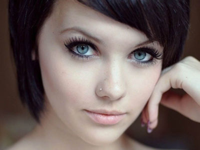Short Straight Hairstyle Ideas