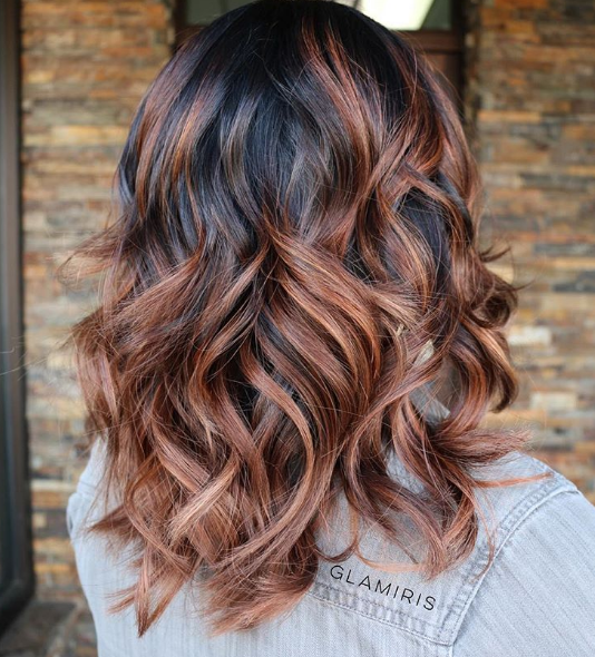 5 Best Highlight Colors For Your Chocolate Brown Hair