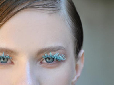 Fall Trends Alert! The 4 Best Blue Mascaras For Colorful look