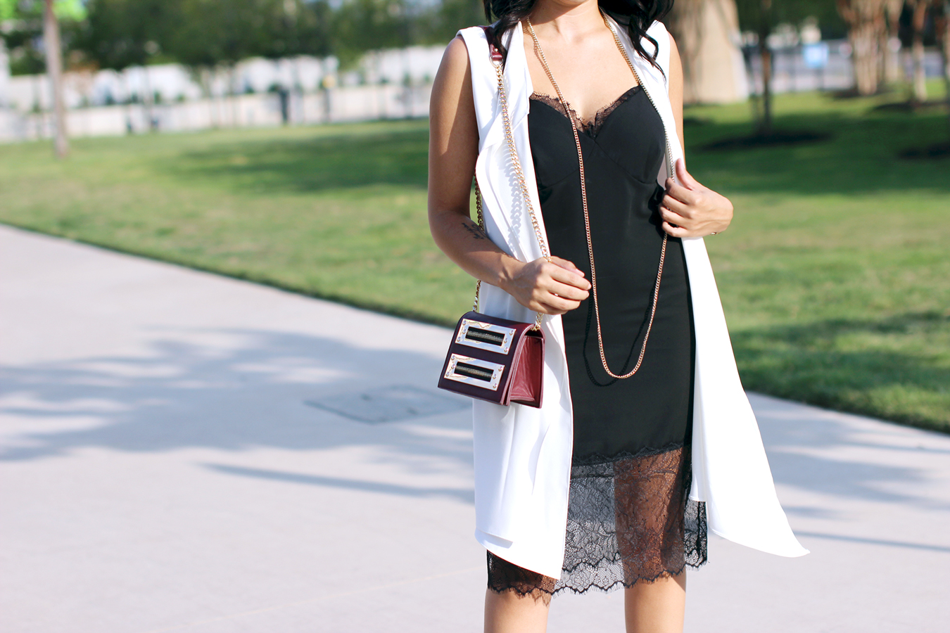 FIXIN-TO-THRILL-SLIP-DRESS-LONGLINE-VEST-BLACK-WHITE-FALL-ATX-AUSTIN-STYLE-BLOG-SHIRTS-COLORS-TRENDS-FW15-TRENDY-CHIC-GLAM-FASHION-TEXAS-2