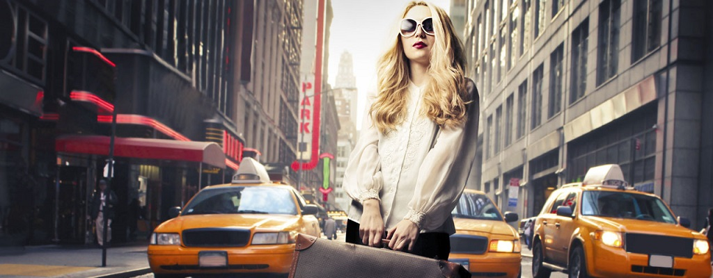 Travel in Style This Summer: 3 Tips to Looking Chic at the Airport