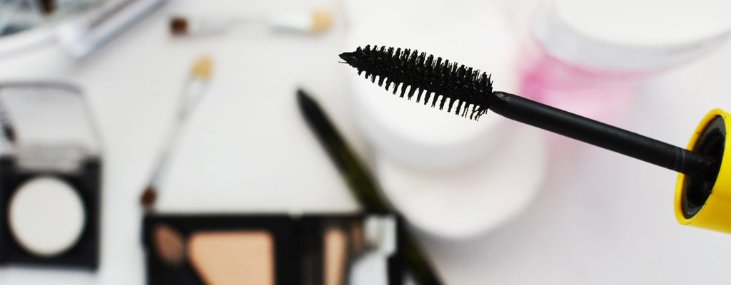 The 8 Hottest New Mascaras That Launches for You in 2017