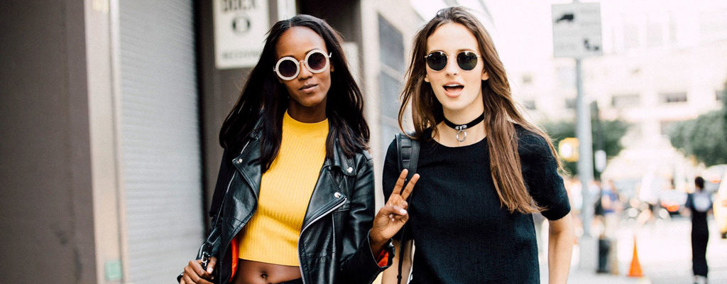 Throw Back '90s: 8 Trends that You Need to Start Wearing Again