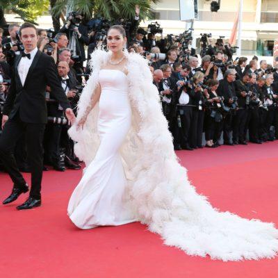 ตามเซเลปคนดังที่พากันอวดโฉมสุดเลิสบนพรหมแดง Cannes Film Festival 2017 (Day One)