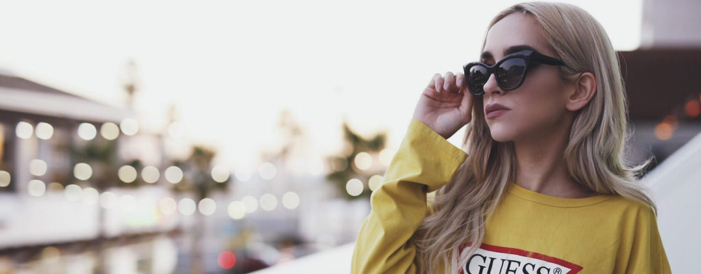 90s Eyewear Trend สวยเก๋สไตล์วินเทจสุดเท่สไตล์คลาสสิก