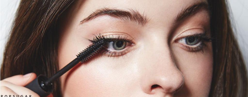 เพิ่มเสน่ห์ให้ดวงตาด้วยสุดยอดมาสคาร่าสีน้ำตาลที่พร้อมจะทำเนรมิตลุคสวยใสเป็นธรรมชาติได้ทุกครั้งที่ปัด